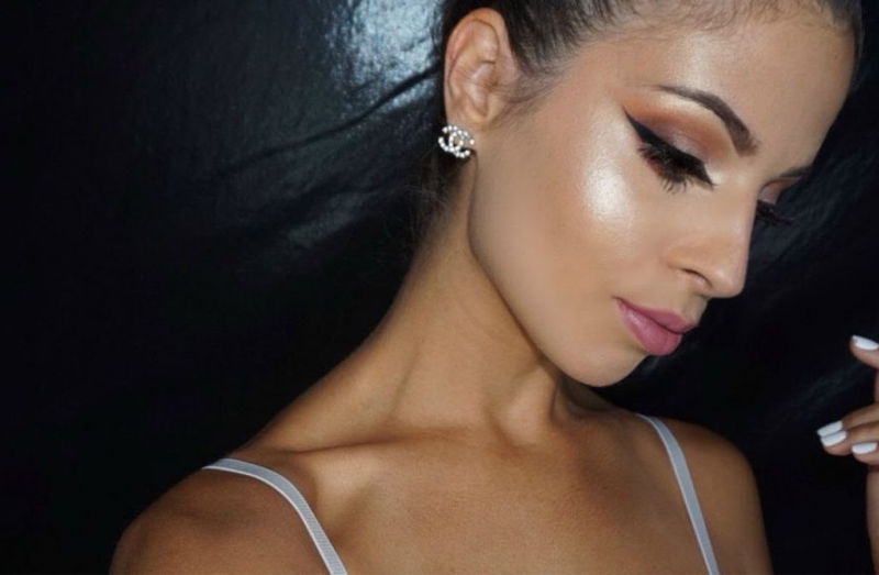 nontouring-strobing-makeup